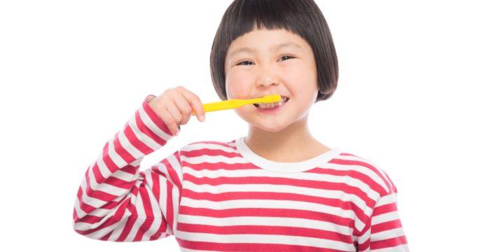 子供の歯磨き:仕上げ磨きは何歳までやったほうがいいの?